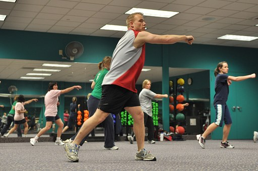 gym membership meeting people in classes fitness class